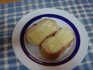チーズのとろ~りして、いない!!チーズトースト